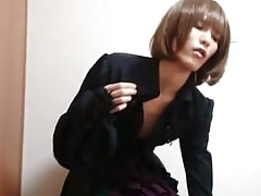 Asian CD plays whith cock