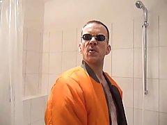 Orange & gold enjoyment in the bath