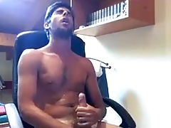 He wanks and cum on his chest