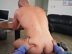 Dude sucking off his boss' cock