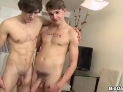 Horny twinks Justin and Tony fuck doggy style in bareback scene