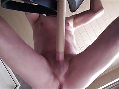 vacuumcleaner suck my dick  with handsfree cum