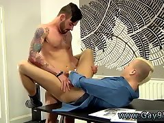 Office studs enjoy fuck on the table