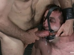 Jason Miller enjoys tortures and gay sex in BDSM scene with Master Avery