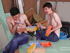 Tongues and fluids games between twinks