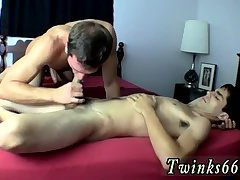 He's helping stunning uncut mate Devin out with his geyser