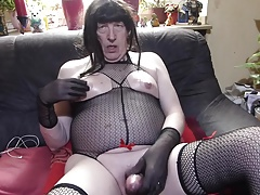 Cd in Fishnet make handjob,and cum out