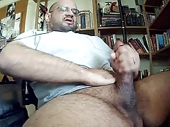 GIANT COCK DADDY SHOOTS A GIANT LOAD THROBBING FAT COCK