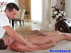 Muscular athletic masseur assravaged by naughty stud