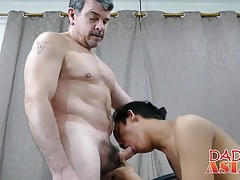 Petite Asian twink Freddy bangs with hairy white daddy