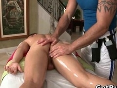 Massage expert-like in deep backdoor wrecking gay