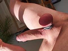ballbusting slo-motion