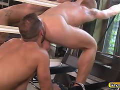 Bennett rims Lukes anal before fucking that hole