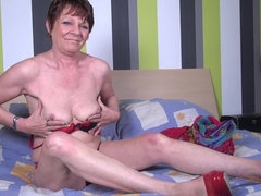 Dutch horny housewife playing in bed