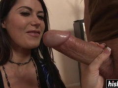 Riding a cock makes her the happiest babe ever
