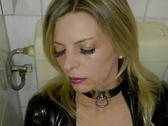 Floozy Slut-Orgasma Celeste Customers Toilet piss play