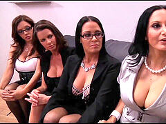 milfs fight For Job (who is this MILFS)?