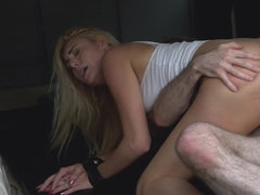 Teen blonde needs a ride but she should pay with her shaved pussy