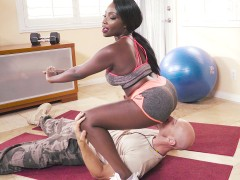 Ebony hottie Osa Lovely gets pussy licked by Sergeant Sins