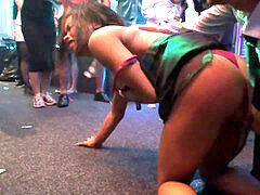 Dancing hotties pounding in the public