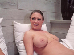 Sauna screwing with limber milf Dee Williams