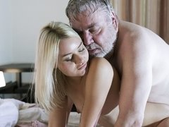 Good-looking golden blonde Scarlett Knight rides on her old boss