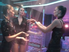 Swinging pornstars cream the club in wild group sex party