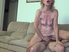 Old mature granny with saggy tits - homemade euro porn with cumshot