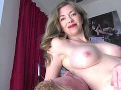 domme T ass-smothering #11
