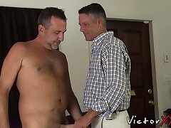 Mature gay cums in daddies mouth after getting barebacked
