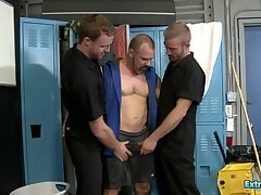 Sexy Gay Dudes Fucking Hard in Threesome