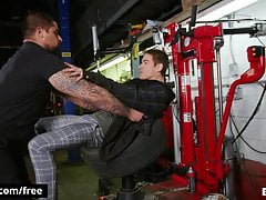 Fucking My Mechanic For Doing A Bad Work - BROMO