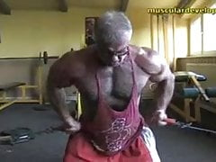 Muscle Daddy Training