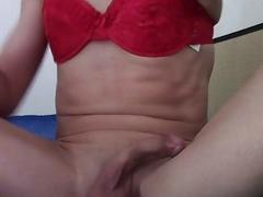 Tranny fills her ass with a monstrous butt plug