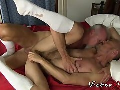 Mature dude rimming boyfriend before breeding anal