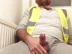 BEAR BIG COCK WANKING AFTER WORK