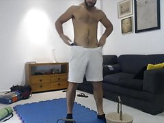 Amateur stud working out and flexxing his muscles