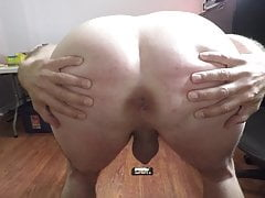 Teen cock smacker spreads his cheeks