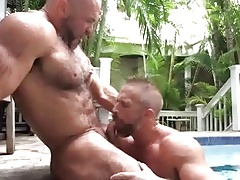 Sucking at the pool