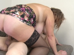 Chubby mature lady fucking and sucking