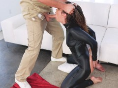 Kelsi Monroe gets her throat fucked by the big Keiran's prick