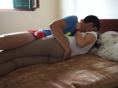 Amateur romantic couple have sex in the bad, beutifull teen get creampied
