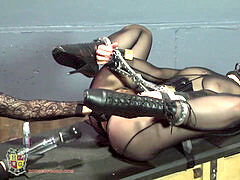 rubber lips muffle gargling stimulated slavegirl