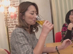 Rena Fukiishi - Affiliate Wife's Affair Actually Exists At The New Year's Party