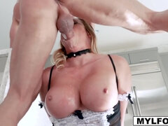 Mia Lelani gives a sloppy blowjob