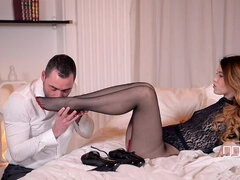 Cross Your Legs - Brunette Teen Gives Boyfriend A Footjob In Bed