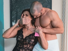 Small-tit brunette Helena Price screwed good in the bedroom