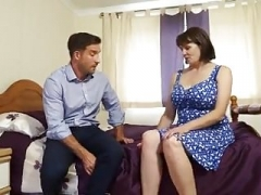 Boobalicious British Mature Housewife Fucks Workman in Bedroom