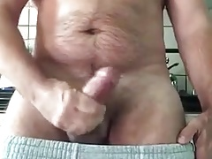Beefy Daddy Jerkoff and cum